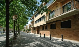 """""""Alquiler de pisos en el c/ Major 136 de Salt, Girona."""""""