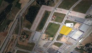 """""""Venta de parcela industrial (Ref.V2) de 7.992m2 en el polígono Pla de la Seva. Fornells de la Selva. Girona (RESERVADA)"""""""